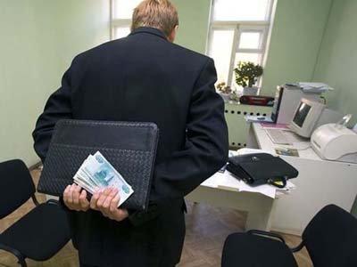 Чиновник ФНС, не плативший 599 000 руб. ежемесячно в счет 36-миллионного штрафа, получил 5 лет