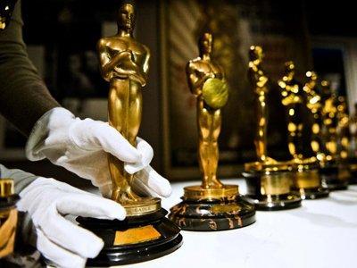 """Американская киноакадемия подала в суд из-за проданного на аукционе """"Оскара"""""""