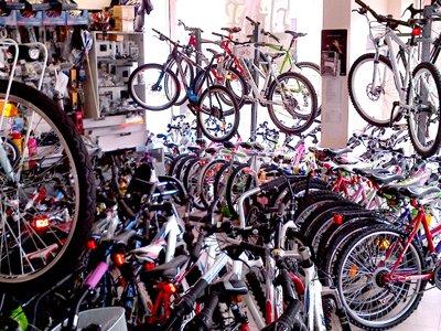 Апелляция увеличила до 10000 руб. компенсацию 11-летнему велосипедисту за головные боли после ДТП