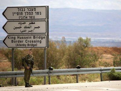 Израильские солдаты расстреляли судью, который пытался завладеть их оружием