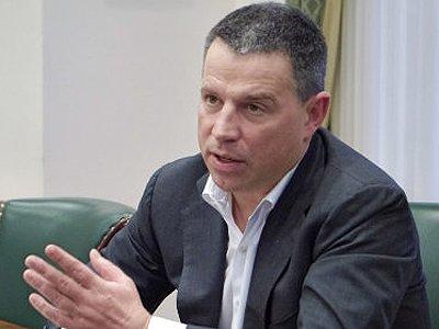 Совладелец ЧТПЗ экс-сенатор Андрей Комаров и его адвокат попались на передаче чиновнику $300 000