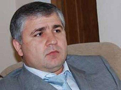 Глава администрации Хасавюртовского района Дагестана Алимсултан Алхаматов был убит на Новочеремушкинской улице, где он временно жил.