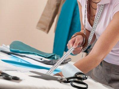 За сшитые не по размеру сарафан и юбку клиентка отсудила у швеи в 4 раза больше цены заказа