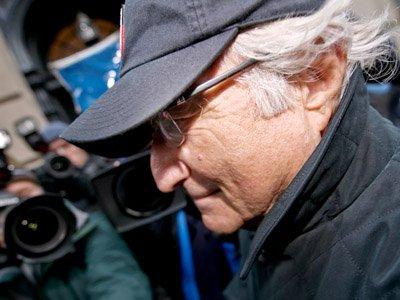 Пятеро помощников Бернарда Мэдоффа признаны виновными в мошенничестве
