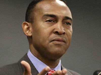 Мэр американского города Шарлотт арестован по обвинениям в коррупции
