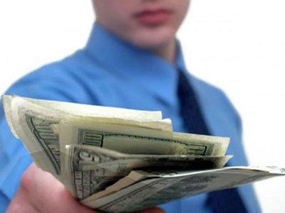 Госдуме предложено поправить КоАП для предотвращения вывода средств за рубеж посредством займов