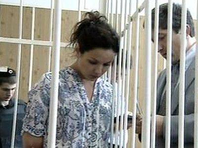 """Мосгорсуд смягчил приговор юристу, давшей показания на """"блондинку Сердюкова"""""""