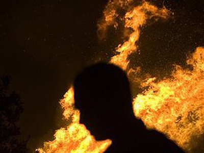 60-летнего адвоката из США судят за поджог его сожительницы