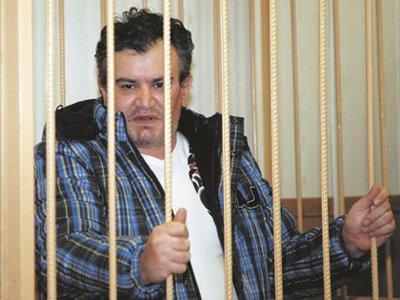 """В Мосгорсуде пять присяжных посчитали лжеэкстрасенса невиновным в убийстве двух клиенток во время """"сеанса"""""""