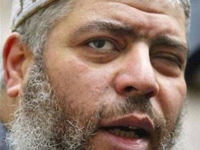 В Нью-Йорке судят радикального проповедника, обвиняемого в создании лагеря для террористов в США