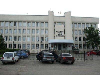 О готовящемся теракте в суде сообщил осужденный, отбывающий наказание в соседнем регионе