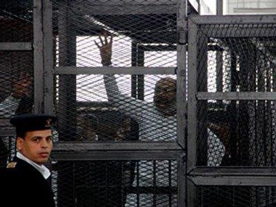 """Египетский суд приговорил к тюрьме еще 30 сторонников """"Братьев-мусульман"""""""