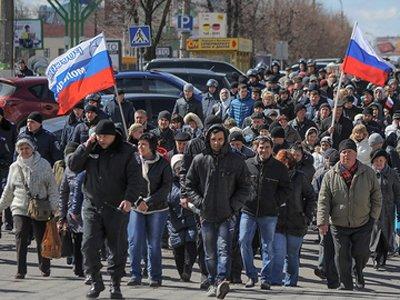 """""""Народный сход"""" в Луганской области Украины решил провести референдум о независимости"""