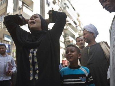 """Суд Египта приговорил к смерти 683 сторонника """"Братьев-мусульман"""""""