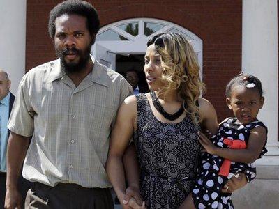 Американец, которого забыли посадить в тюрьму после приговора, освобожден от большей части срока