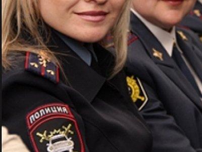 Сотрудница полиции подозревается в ограблении ломбарда на 30 000 руб.