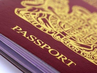 Чиновники и депутаты смогут скрыть, что их дети имеют двойное гражданство