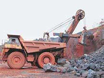 Суд в Индии временно закрыл железорудные шахты в штате Одиша