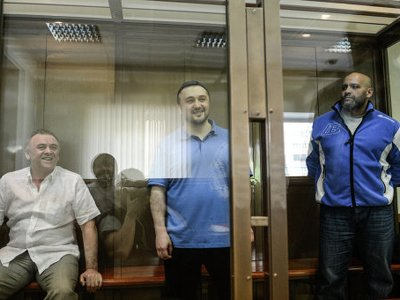 Мосгорсуд назначил пожизненные сроки организатору убийства Политковской и ее киллеру