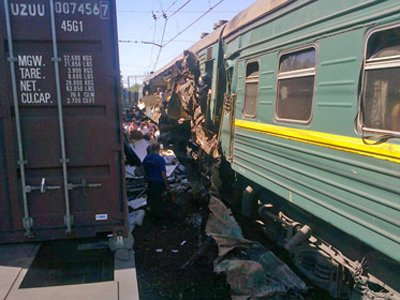 СКР ждет окончания стресса у чиновника РЖД для расследования крушения поездов в Подмосковье