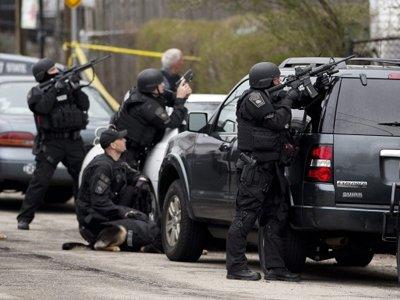 Схвачен канадец, убивший трех полицейских и ранивший их коллег