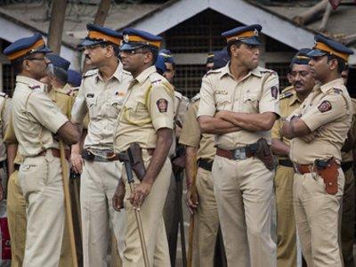 В Индии 17 полицейских получили пожизненное за пытки и убийство в участке