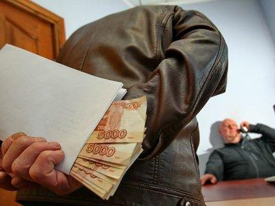Неменее 6-ти сотен чиновников ответили перед законом закоррупцию— Генеральная прокуратура РФ