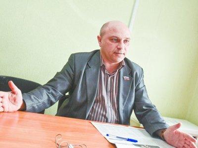Уволенного мэра, мешавшего новому поговорить с главой региона, оштрафовали символически