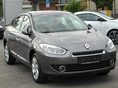 Водитель Renault Fluence взыскал за ДТП с владельца Renault Logan 126 244 руб.