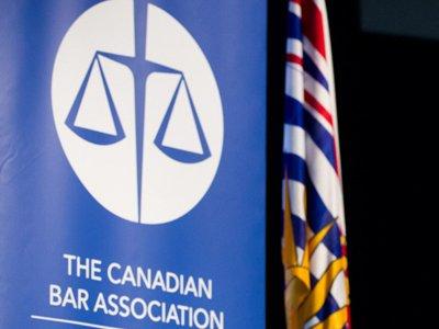 В Канаде владеть юрфирмами смогут люди без юридического образования