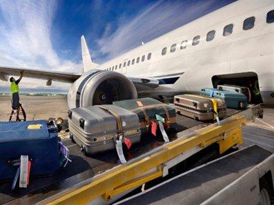 Как это работает: отменен бесплатный провоз багажа в самолете