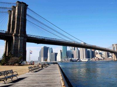 В США задержали француза, пытавшегося взобраться на Бруклинский мост ради фото