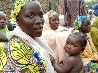 Глава парламента Нигера бежал во Францию, получив обвинения в торговле детьми