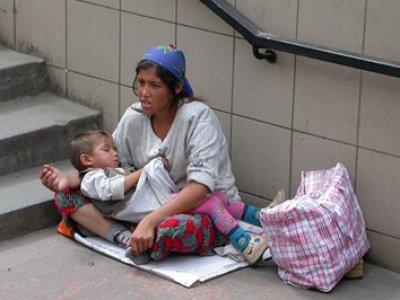 МВД предлагает ввести отдельный состав в УК для попрошаек с младенцами