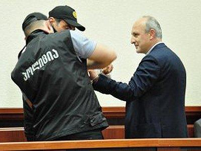 Вано Мерабишвили в зале суда