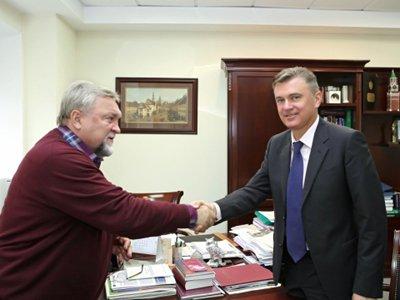 Президенты ФПА Евгений Семеняко (слева) и ФНП Константин Корсик закрепили союз двух юридических корпораций
