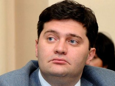 Экс-министра обороны Грузии приговорили к 7,5 года тюрьмы