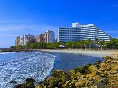Колумбийский суд отобрал у отеля Hilton пляж