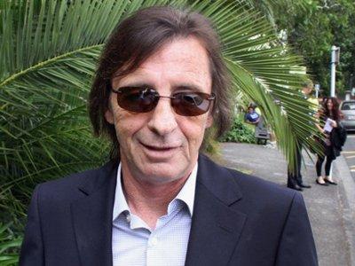 С барабанщика AC/DC сняли обвинения в планировании убийства
