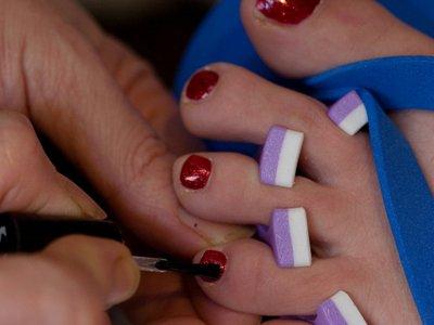 Американка подала в суд из-за педикюра, который привел к ампутации ноги