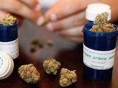 В США потребительница марихуаны подала в суд на фирму, отказавшуюся взять ее на работу