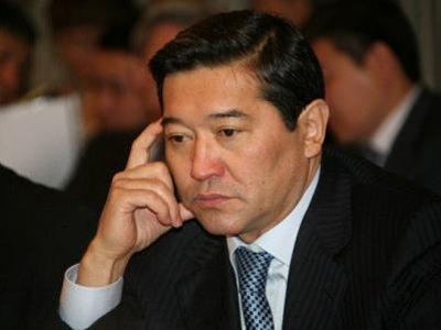 Экс-премьеру Казахстана Ахметову предъявили обвинения по четырем статьям