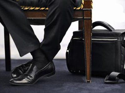 Клиентки взыскали с не оправдавшего надежд адвоката уплаченный гонорар с процентами