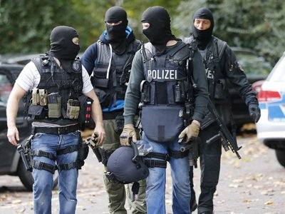 СМИ: нападения беженцев-мусульман изменят подход Германии к мигрантам