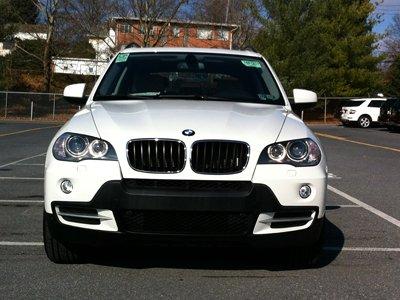 """Угонщик, заблокированный автоледи в """"понравившемся"""" ему BMW X6, получил 2,5 года"""