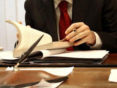Возбуждено дело на адвоката, пытавшегося за 100000 руб. выбрать колонию для своего клиента