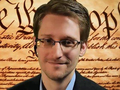 На авторов документального фильма об Эдварде Сноудене подали в суд