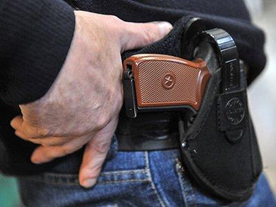 Дума с подачи КС ограничит полицию в аннулировании разрешений на оружие