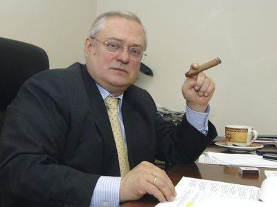 Суд вновь не поверил, что знаменитый арбитражный управляющий не заплатил другу