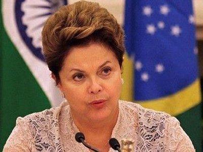 Президент Бразилии объявила свой импичмент переворотом